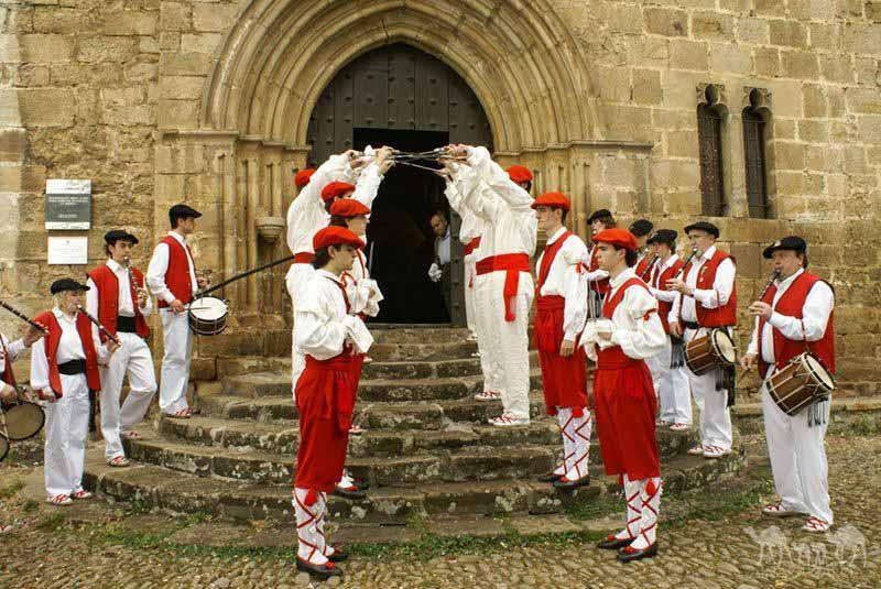 ermita-de-la-antigua-Fiestas-de-Santa-Isabel-2