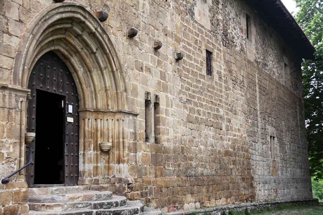 ermita-de-la-antigua-puerta-principal-2