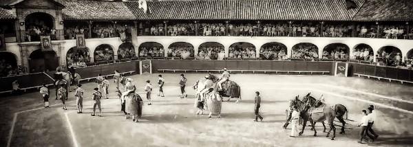 plaza-de-toros-almadén-antigua
