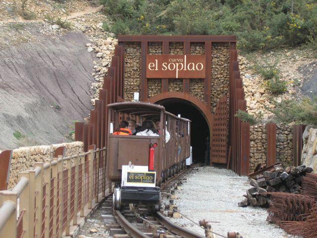 cueva-el-soplao-tren