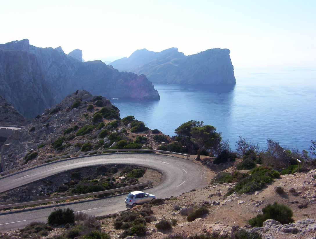 cabo-de-Formentor-carretera