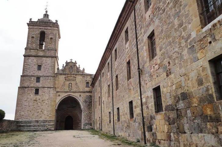 Monasterio-de-Irache-iglesia-3
