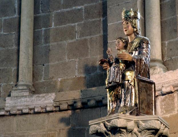 Monasterio-de-Irache-nuestra-señora-de-irache
