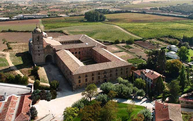 Monasterio-de-Irache-vista-aerea