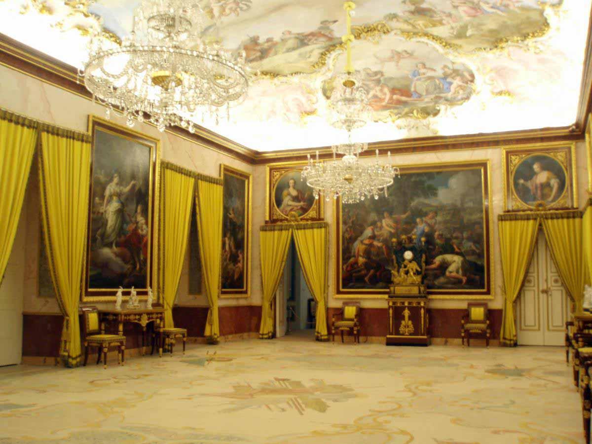 Palacio-Real-de-Aranjuez-antecamara-musica