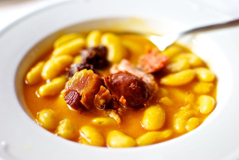 La fabada asturiana platos t picos con tradici n por sole for Cocina asturiana