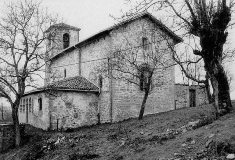 cascada-de-gujuli-Iglesia-de-Santiago-2