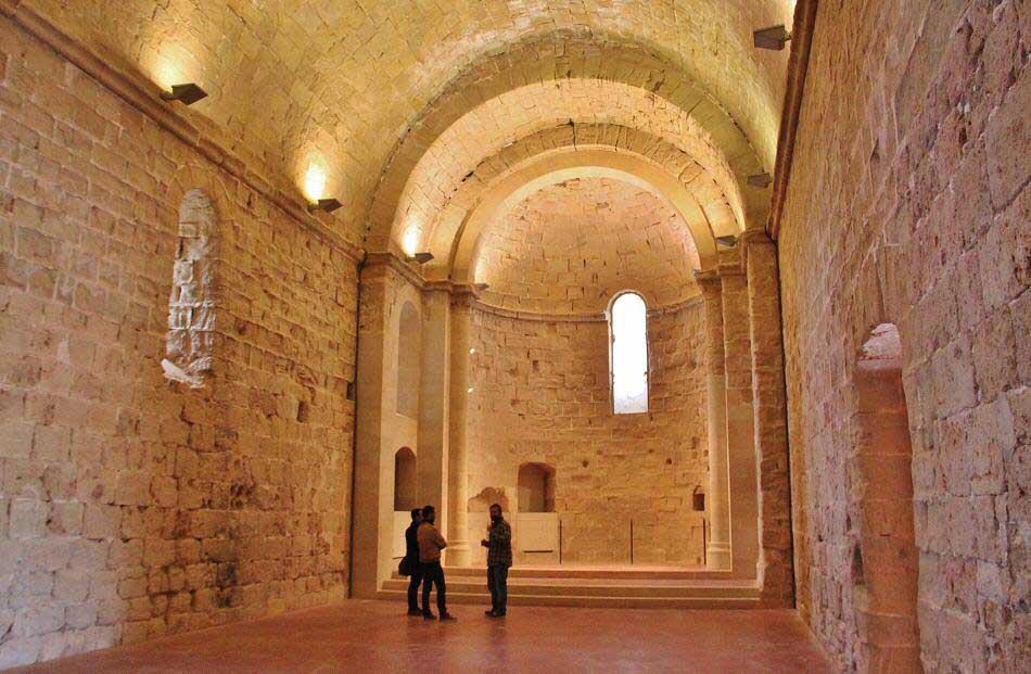 Castillo-de-Miravet-interior-3