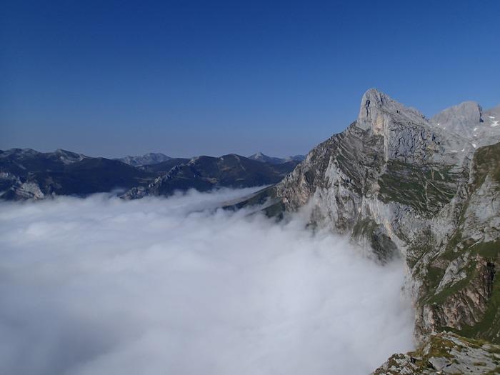 fuente-de-mirador-niebla
