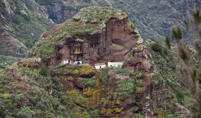 El macizo de anaga acantilados de espa a por sole - Aromatizantes naturales para la casa ...