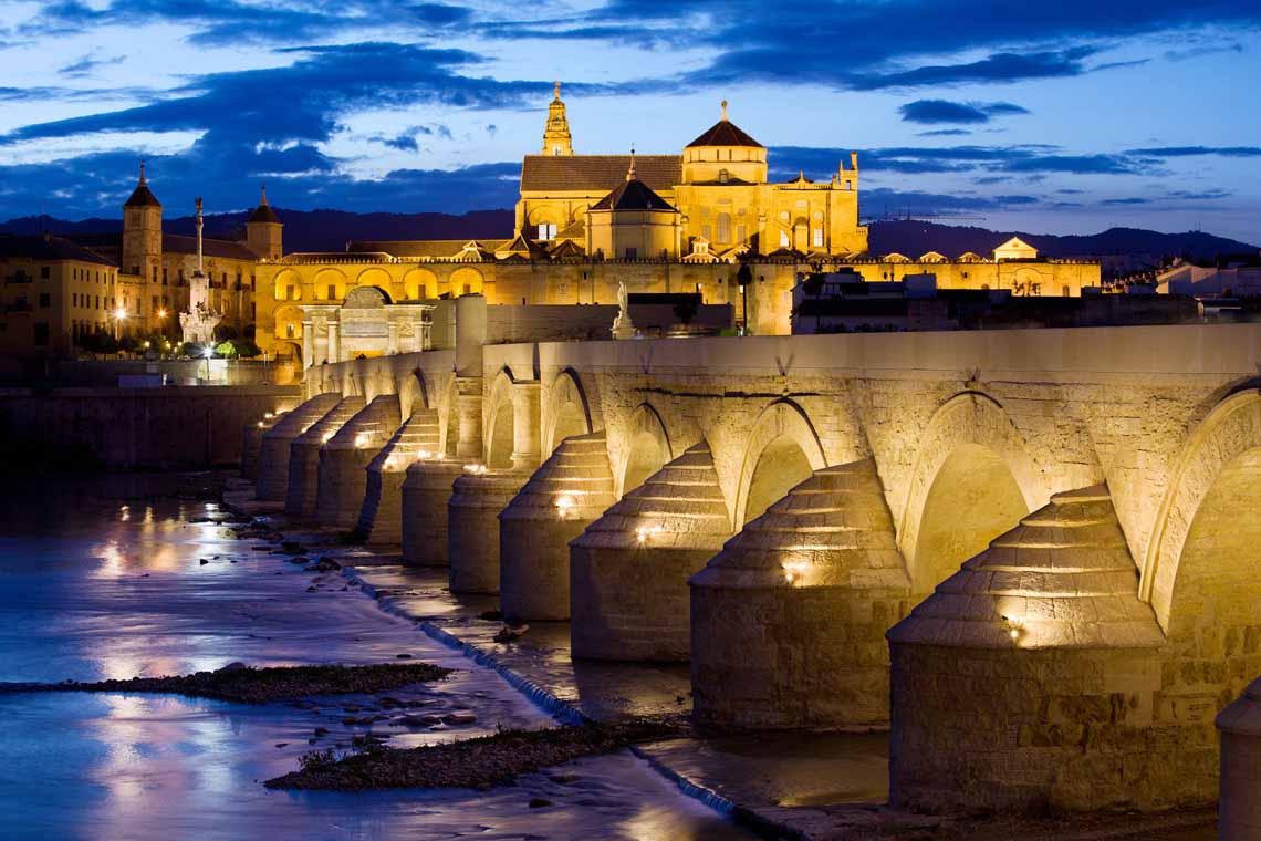 Puente-romano-de-cordoba-noche-3