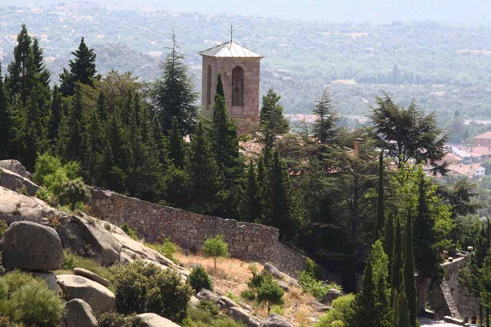 convento-de-san-antonio-la-cabrera-entorno