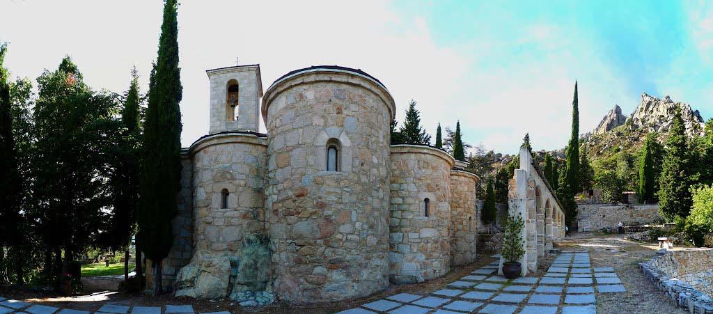 convento-de-san-antonio-la-cabrera-iglesia-2