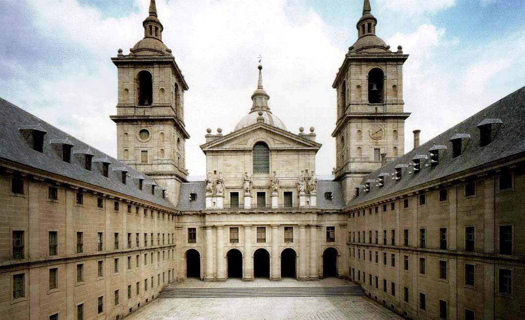 el-escorial-patio-de-los reyes