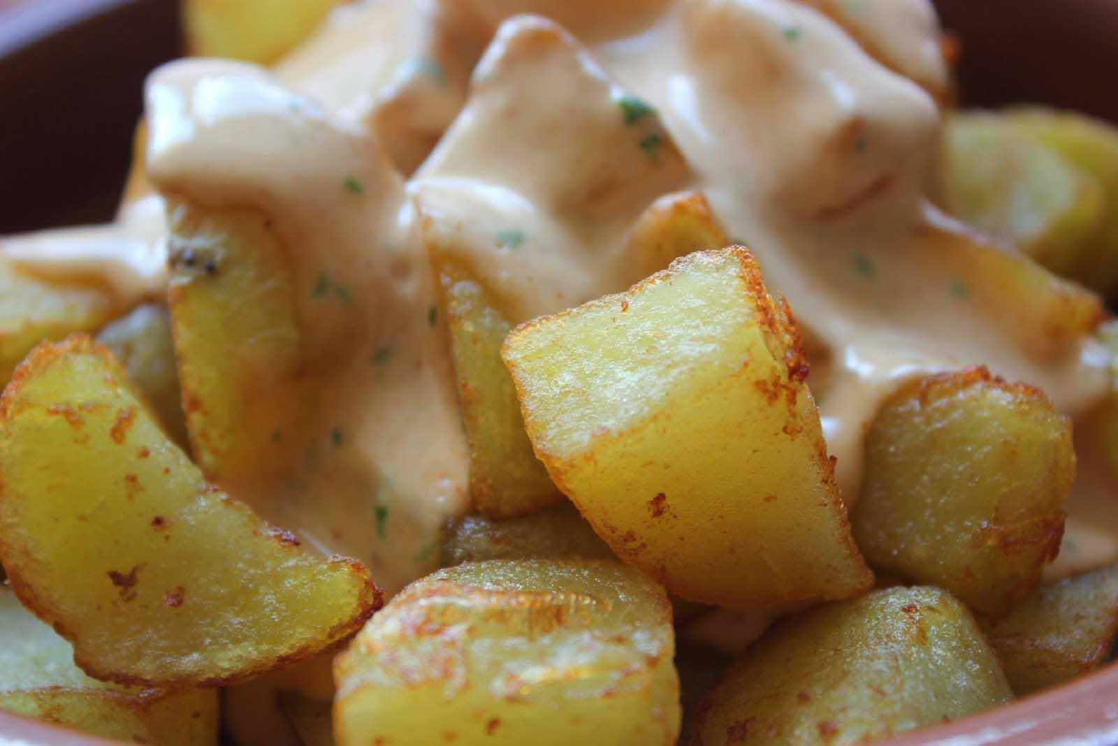 patatas-bravas-ali-oli