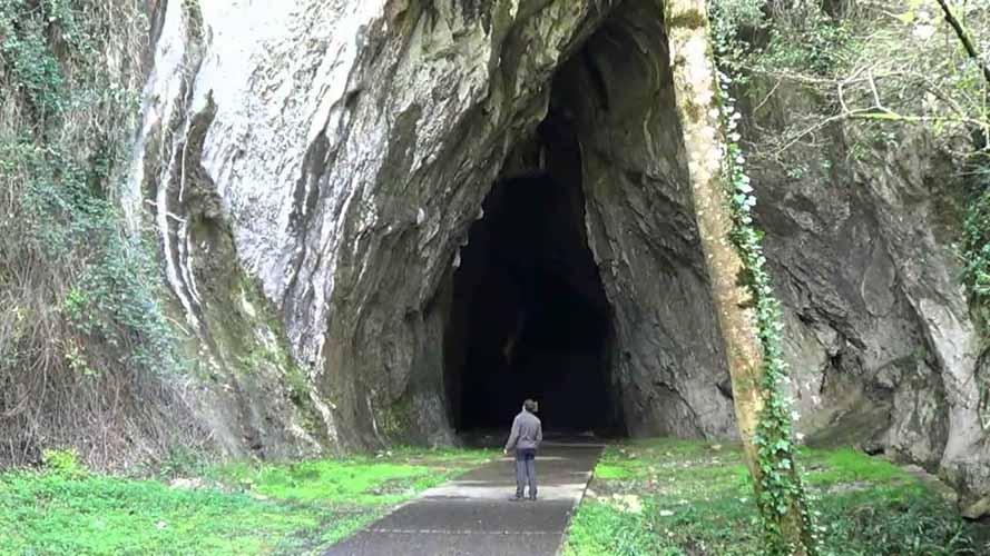 Cascada-del-cuevas