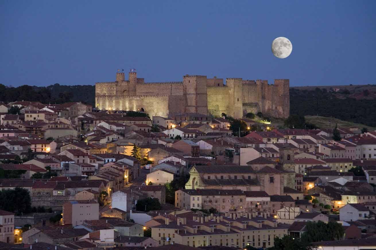 castillo-de-siguenza-3-noche