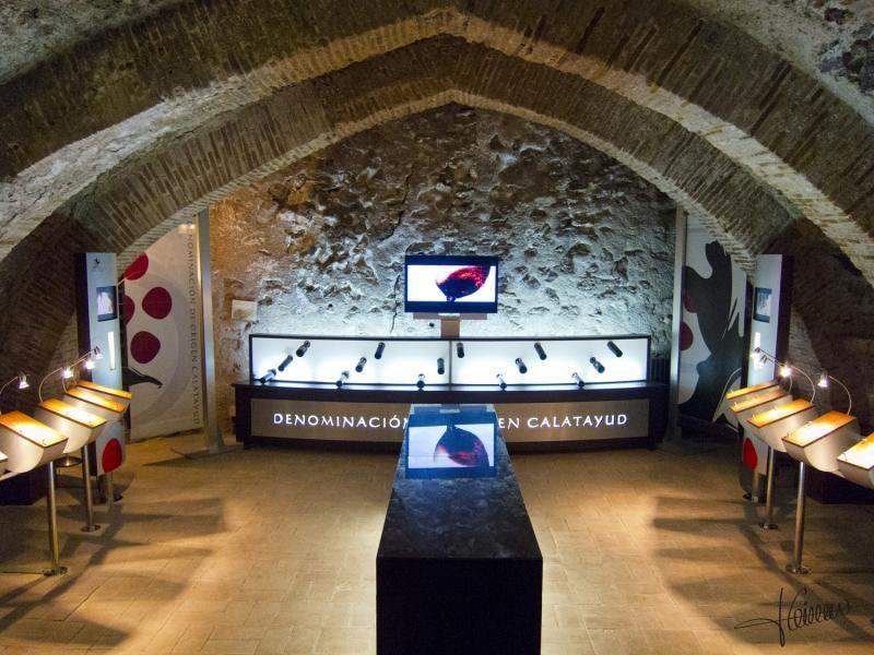 Monasterio-de-Piedra-museo-vino-2