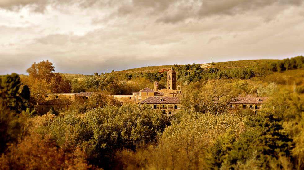 Monasterio-de-Piedra-vista-panoramica