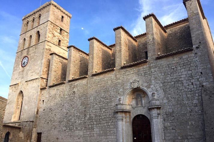 dalt-vila-catedral-santa-maria