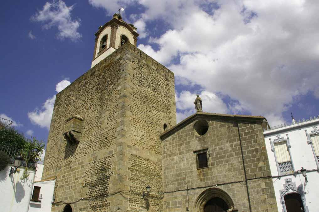 fregenal-de-la-sierra-castillo-torre-homenaje