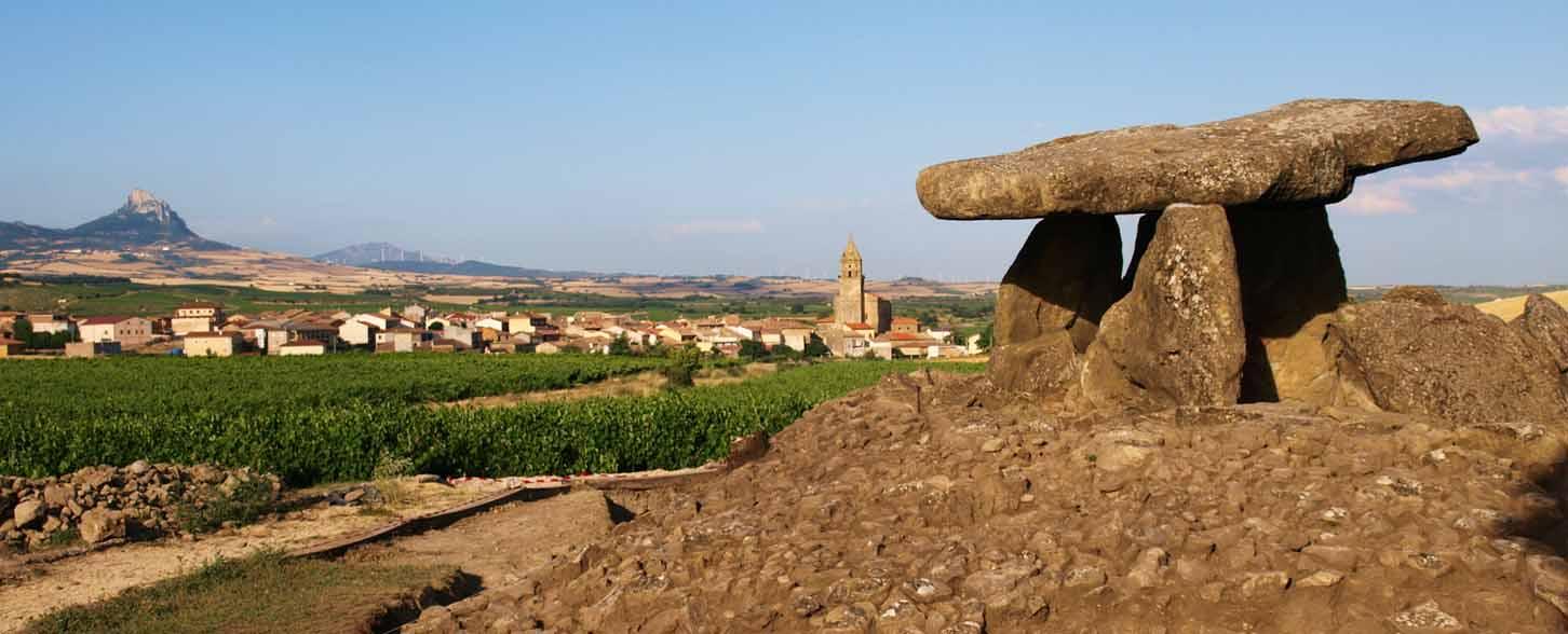 cuevas-laguardia-dolmen-2