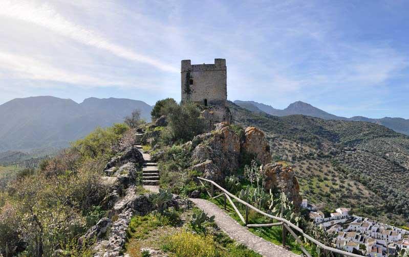 Zahara-de-la-sierra-castillo