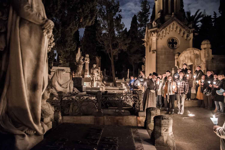 cementerio-de-poblenou-noche-2