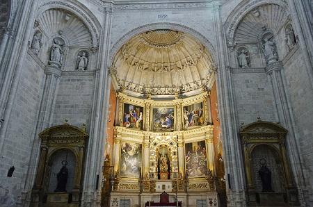 monasterio-de-la-vid-iglesia-retablo