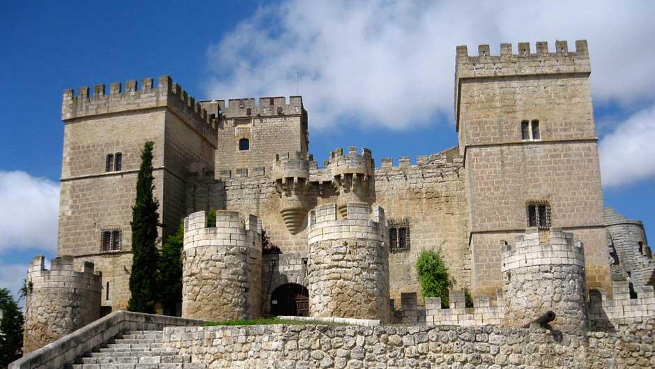 castillo-de-ampudia-3