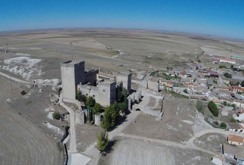 castillo-de-ampudia-panoramica-2