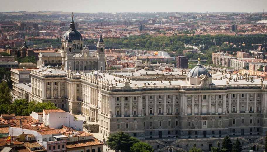 Catedral-de-la-Almudena-palacio-real