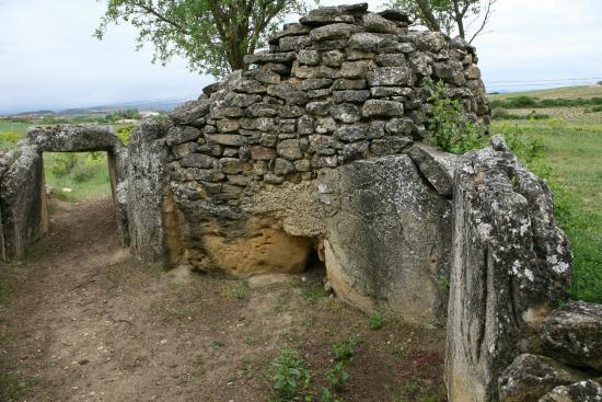 dolmen-de-san-martin-chozo-2
