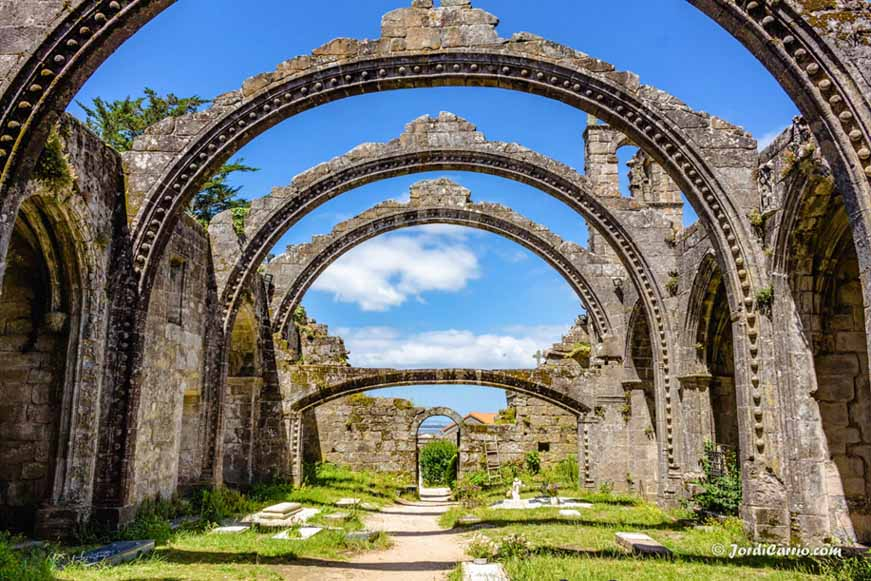 ruinas-de-santa-mariña-de-dozo-7
