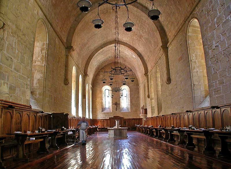 monasterio-de-poblet-antiguo-refectorio