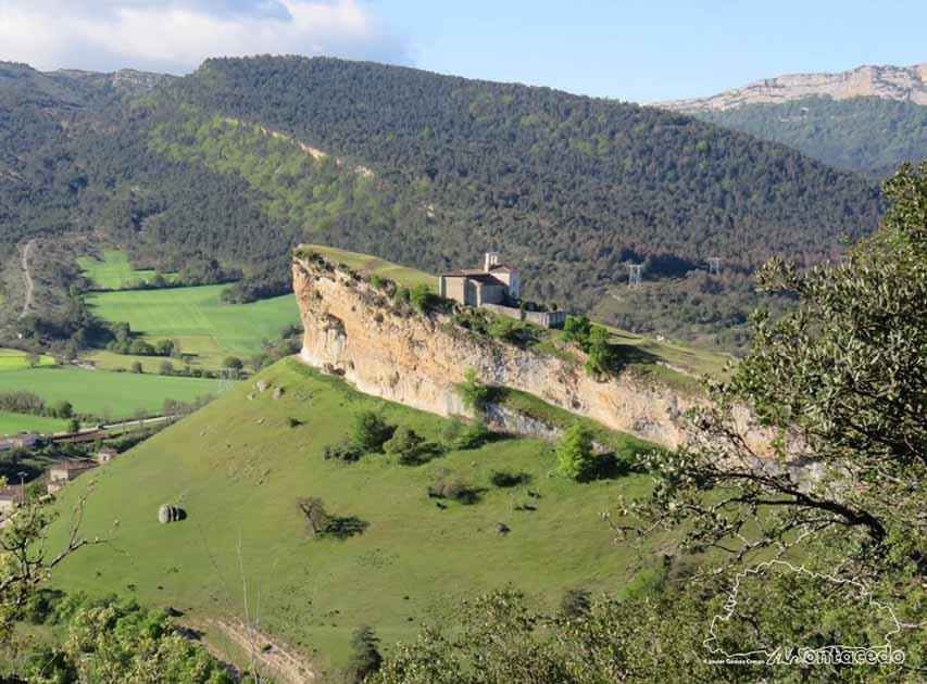 ermita-de-san-pantaleon-de-losa-panoramica
