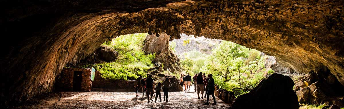 cueva-de-valporquero-entrada