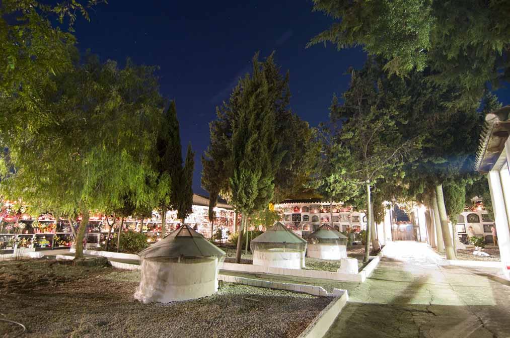 cementerio-de-monturque-noche-3