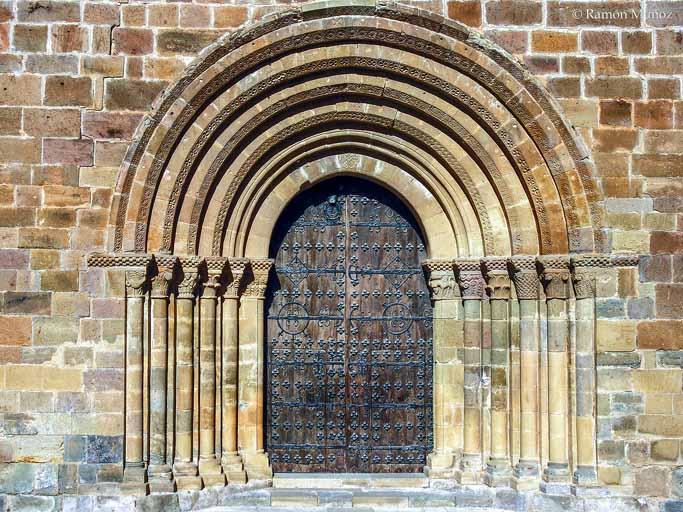 monasterio-de-veruela-portada-romanica-foto-ramon-muñoz