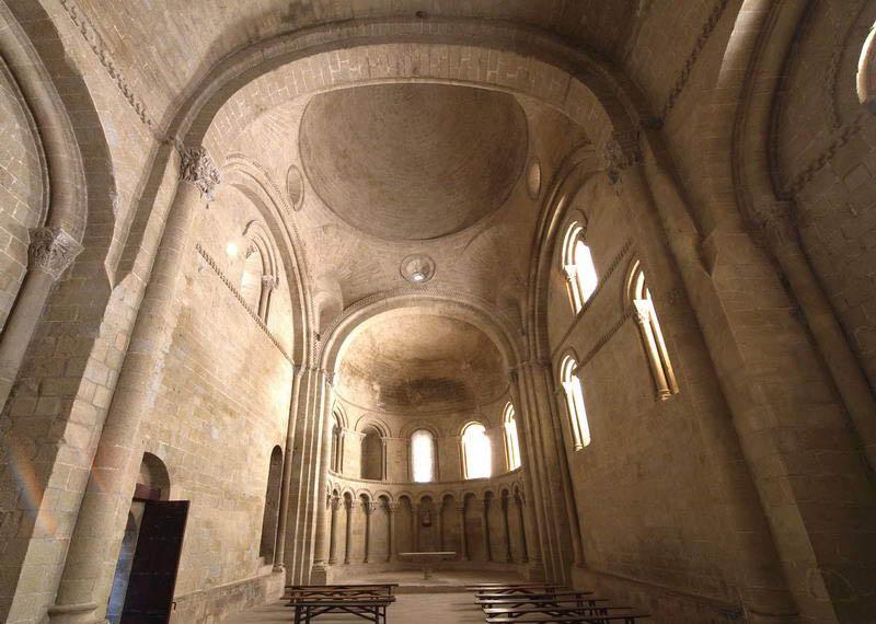 castillo-de-Loarre-iglesia-san-pedro-boveda