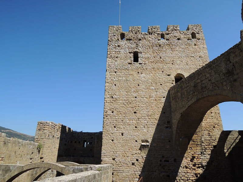 castillo-de-Loarre-torre-homenaje